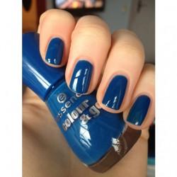 Produktbild zu essence colour & go nail polish – Farbe: 129 the boy next door