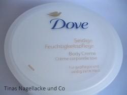 Produktbild zu Dove Seidige Feuchtigkeitspflege Body Creme
