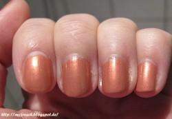 Produktbild zu KIKO celebration nail lacquer – Farbe: 418 Metallic Copper (LE)