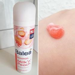 Produktbild zu Balea Rasiergel Milk 'n' Peach mit Pfirsich-Extrakt