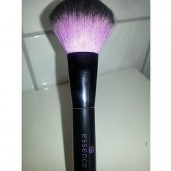 Produktbild zu essence powder brush
