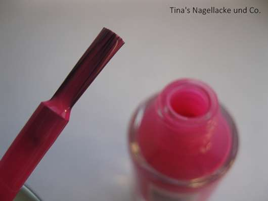 essence guerilla gardening nail polish, Farbe: 03 mission flower (LE)
