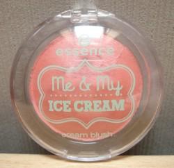 Produktbild zu essence me & my ice cream cream blush (LE)