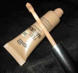 Produktbild zu p2 cosmetics feel natural concealer – Farbe: 010 natural beige
