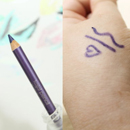 essence kajal pencil, Farbe: 23 love me lavander