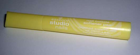 essence studio nails nail cuticle softener pen