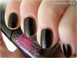 Produktbild zu MANHATTAN Super Nails Nail Polish – Farbe: Superb Sparkle [LE]