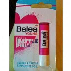 Produktbild zu Balea Young Lippenpflege Love is a Battlefield (LE)