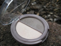 Produktbild zu beautycycle colour eye shadow duo – Farbe: iced mocha
