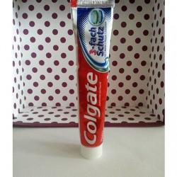 Produktbild zu Colgate 3-fach Schutz Zahncreme