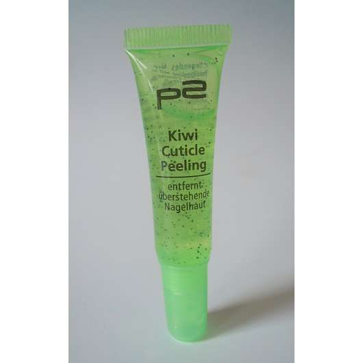 p2 Kiwi Cuticle Peeling