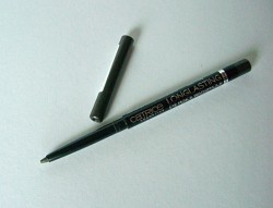 Produktbild zu Catrice Longlasting Eye Pencil Waterproof – Farbe: 020 The World's Greytest