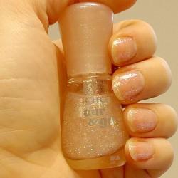 Produktbild zu essence colour & go nail polish – Farbe: 103 space queen
