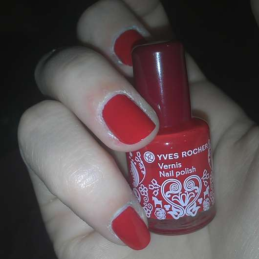 test nagellack yves rocher vernis nail polish farbe rouge prussien le testbericht von. Black Bedroom Furniture Sets. Home Design Ideas