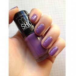 Produktbild zu Maybelline New York Colorshow By Colorama Nagellack – Farbe: 554 Lavender Lies