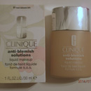 Clinique Anti-Blemish Solutions Liquid Makeup, Farbe: 01 Fresh Alabaster
