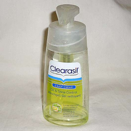 <strong>Clearasil Daily Clear</strong> Oil & Shine Control Waschgel