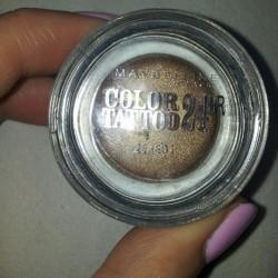 Produktbild zu Maybelline New York Eyestudio Color Tattoo 24HR Gel-Cream Eyeshadow – Farbe: 35 On And On Bronze