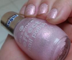 Produktbild zu essence effect nail polish – Farbe: 02 baby you're a firework