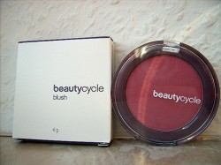 Produktbild zu beautycycle colour blush – Farbe: passion plum