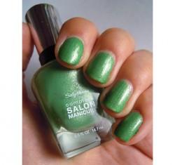 Produktbild zu Sally Hansen Complete Salon Manicure Nagellack – Farbe: 835 Summerlime (LE)