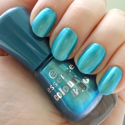 Produktbild zu essence colour & go nail polish – Farbe: 172 splash!