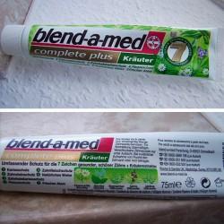 """Produktbild zu blend-a-med complete plus """"Kräuter"""" Zahncreme"""