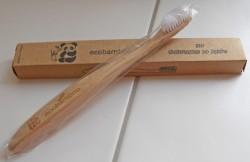 Produktbild zu ecobamboo Bio Bambus-Zahnbürste