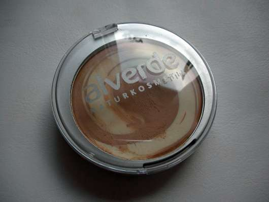 alverde Color & Care Cream To Powder Make Up, Nuance: 20 Warm Toffee