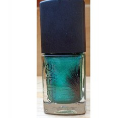 Produktbild zu Catrice Feathered Fall Luxury Lacquer – Farbe: C03 Skie's Force (LE)