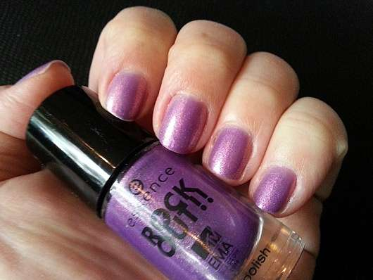 essence rock out!! nail polish, Farbe: 04 best female (LE)