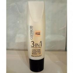 Produktbild zu Catrice 3 In 1 Skin Tone Adapting Make Up – Farbe: 010 Lighter Skin