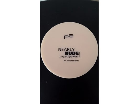 p2 nearly nude compact powder, Farbe: 020 ivory shell