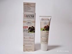 Produktbild zu lavera Naturkosmetik Beauty Balm 6in1 Getönte Feuchtigkeitspflege