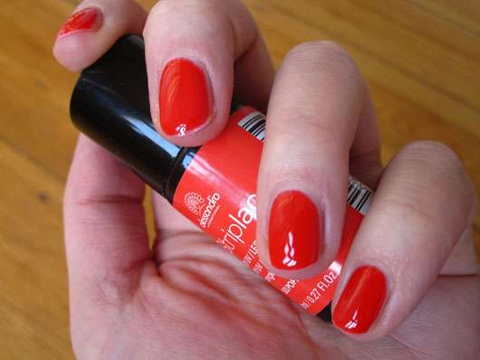 alessandro International Striplac Peel-Off UV / LED Nagellack, Farbe: 513 Poppy Red