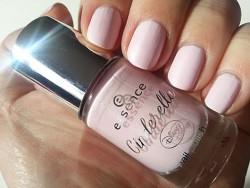 Produktbild zu essence cinderella nail polish – Farbe: 01 sing, sweet nightingale (LE)