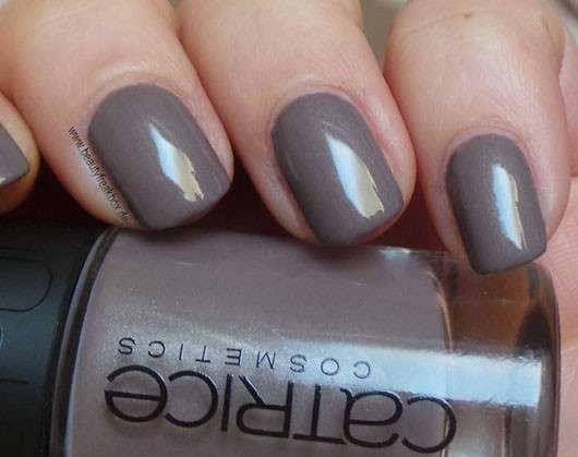 Catrice Nude Nail Lacquer, Farbe: C04 Naked Brown (LE)