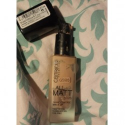 Produktbild zu Catrice All Matt Plus Shine Control Make Up – Farbe: 020 Nude Beige