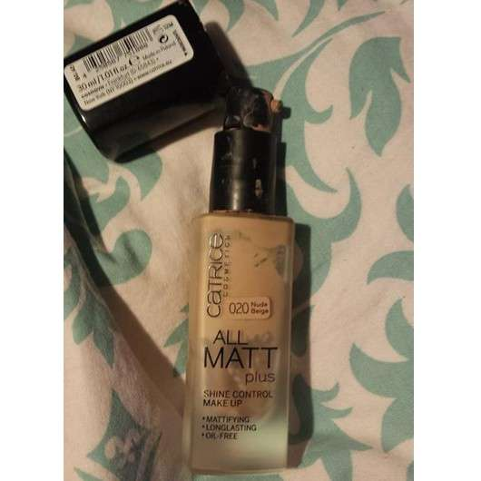 Catrice All Matt Plus Shine Control Make Up, Farbe: 020 Nude Beige
