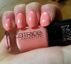 Produktbild zu Catrice Ultimate Nail Lacquer – Farbe: 82 A Gallon Of Melon