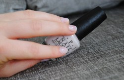 Produktbild zu OPI Nail Lacquer – Farbe: Act Your Beige! (LE)
