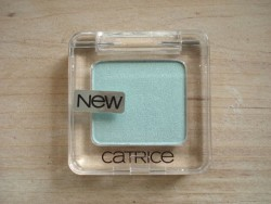 Produktbild zu Catrice Absolute Eye Colour Mono – Farbe: 910 My Mermint