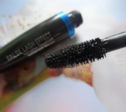 Produktbild zu Max Factor False Lash Effect Mascara Waterproof