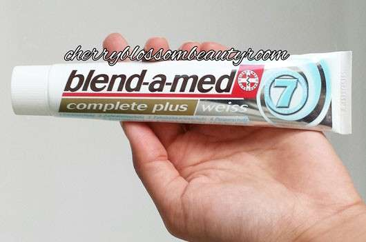 "<strong>blend-a-med</strong> complete plus ""weiss"" Zahncreme"