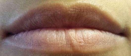 test lippenstift essence longlasting lipstick farbe. Black Bedroom Furniture Sets. Home Design Ideas