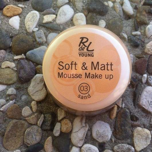 Rival de Loop Young Soft & Matt Mousse Make up, Farbe: 03 Sand