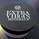The Body Shop Extra Virgin Minerals Loose Powder Foundation, Farbe: 302 Golden Beige