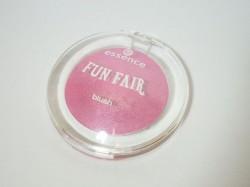 Produktbild zu essence fun fair blush – Farbe: 01 ring around the rosy (LE)