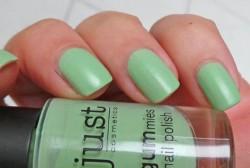 Produktbild zu just cosmetics gummies nail polish – Farbe: 020 sweet apple