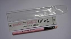 Produktbild zu essence make me pretty lip brush (LE)